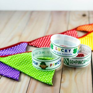 St. Patrick's Day pinch-proof wrist bands